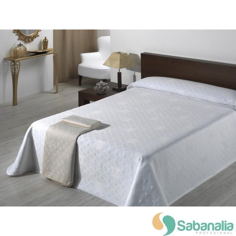 Pies de cama colchas de piqu sabanalia profesional Colchas de cama de diseno